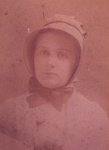 Edna Buckman Kearns in her Quaker bonnet