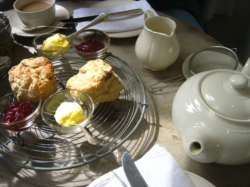 Hot tea and scones